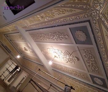 اجرای گچ بری و پتینه کاری بر روی سقف